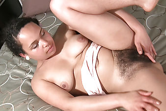 Curvy Erica gets turned on