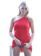 Jessica looks amazing in red