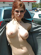 Nice titties exposed in public