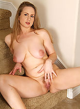 Midori has the hottest ass for a 35 year old foxy MILF and proves it