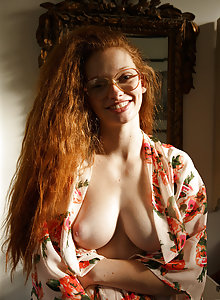 Beautiful real ginger Wendy Patton taking a bath outside